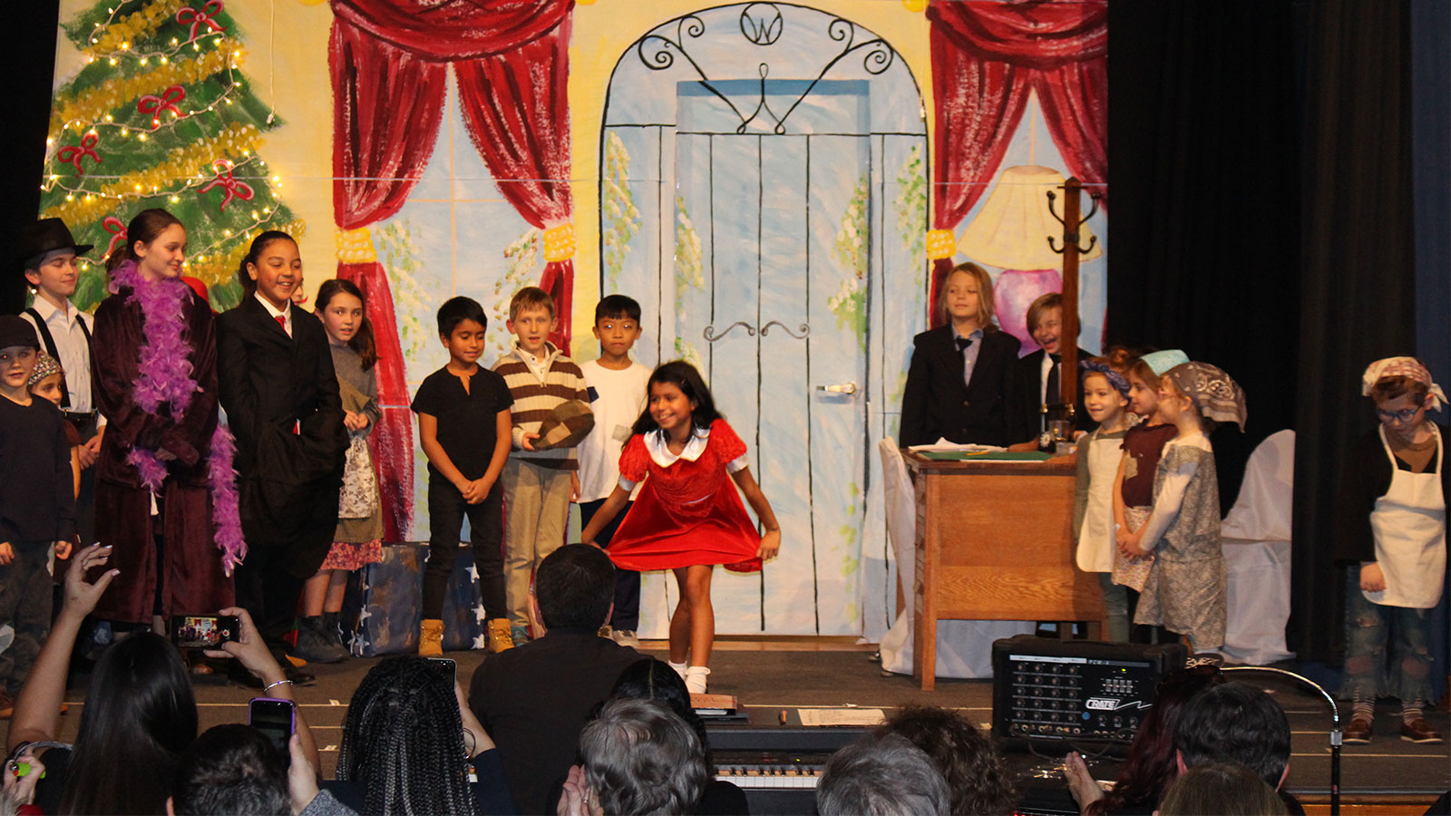 'Annie' Takes the Stage photo